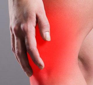 Abbildung zeigt Knieschmerz